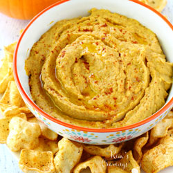Healthy Holiday Appetizers - Pumpkin Hummus