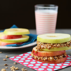 Healthy Grab and Go Breakfasts - apple sandwiches