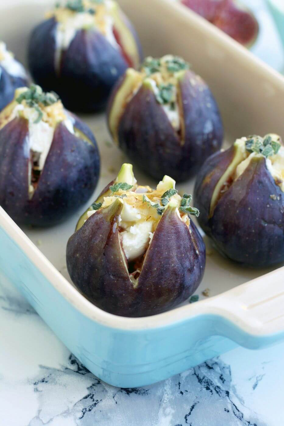 baked-figs-goat-cheese