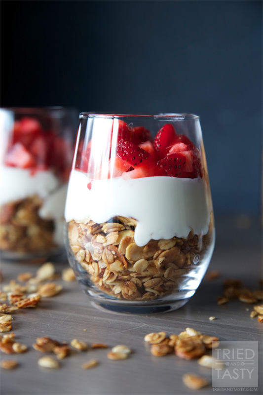 fruit-yogurt-parfait