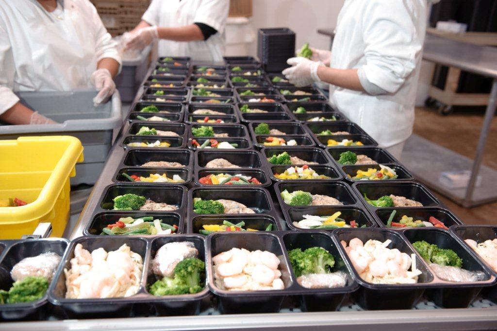 Inside the diet to go gourmet diet delivery kitchen for Order food to go