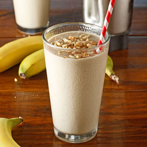 Healthy Grab and Go Breakfasts - Peanut butter banana smoothie
