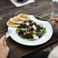 9 Appetite-Controlling Hacks to Stay Full Longer
