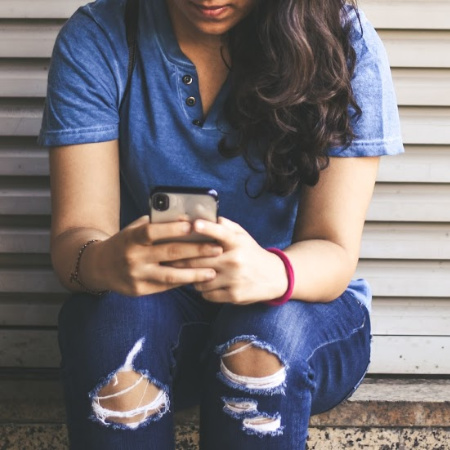 7 Apps to Ease Anxiety and Stress During the Coronavirus Pandemic
