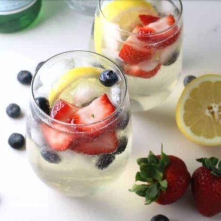 7 Light, Refreshing Summer Cocktails For 150 Calories or Less